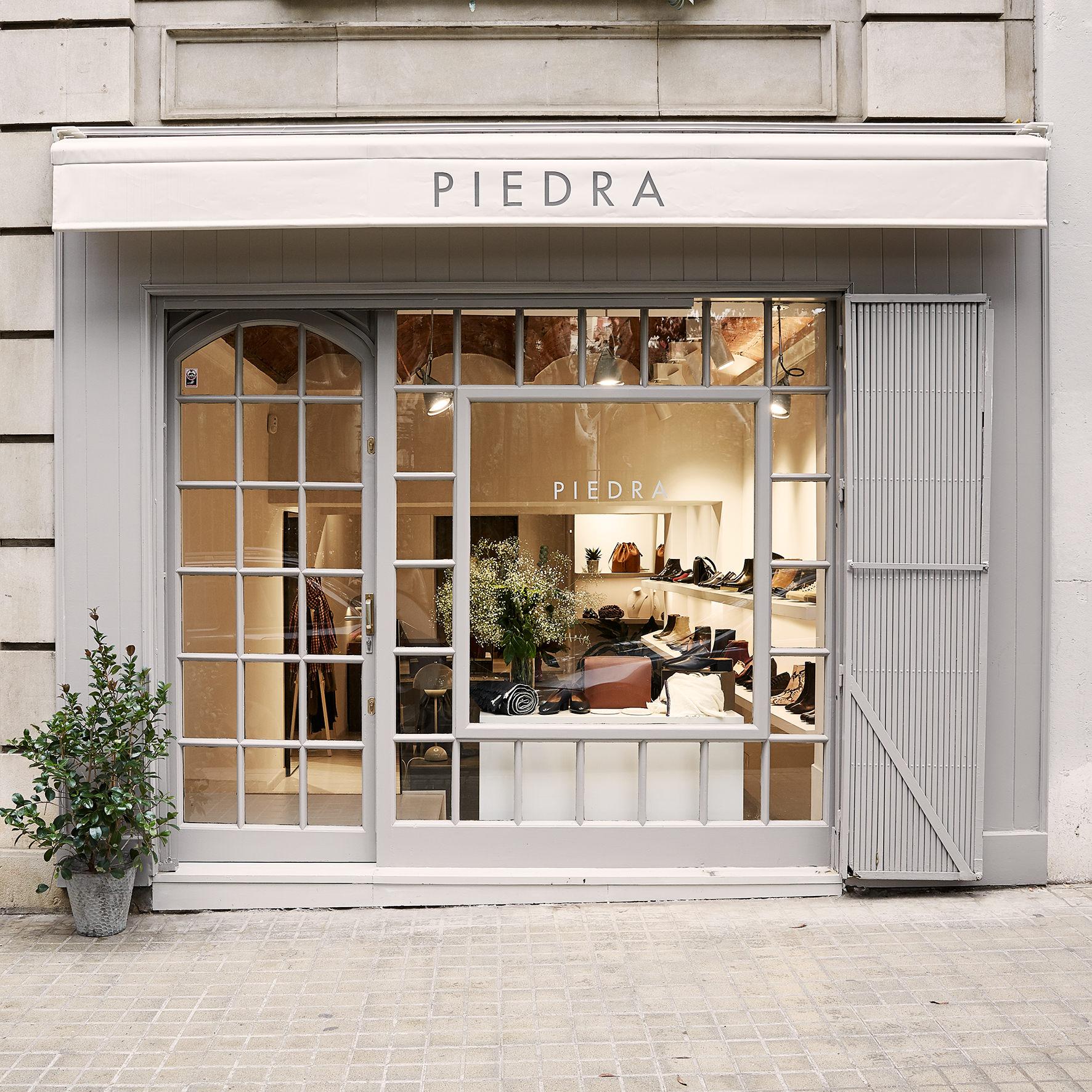 Fachada Piedra Store
